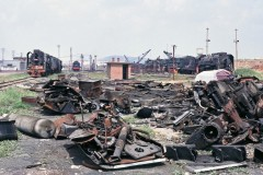 Bai Qi depot scrapped QJ and others waiting to be cut into pieces 24 August 2004