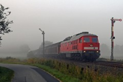 DBS 232-274 passing Langenhorn - Schleswig-Holstein and its last classic signals with freight heading for Denmark 18 July 2014