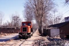 aphv-1093-011125-china-tang-xian-aankomst-tr-uit-zhenzhou-25-11-2001
