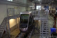 aphv-1615-dscn1582-4-9-2005-luas-4011-green-line-depot-dublin