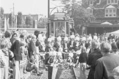 aphv-1741-00457-museumtram-amsterdam-opening-eelctrisch-museumlijn-20-9-1975--01