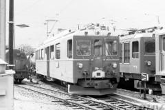 aphv-1745-00949-rhb-46-rangeerd-tirano-21-6-1975--01