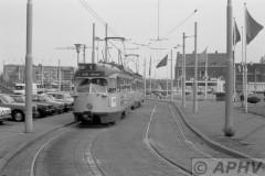 aphv-1766-00409-htm1335-en-2125-lijn9-kurhaus-gevers-deijnootplein-19-8-1975