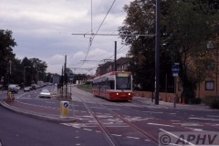 aphv-1881-990930-croydon-tramlink-2500-just-before-addiscombe-road---trial-running--03
