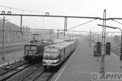 aphv-1915-02704-ns-321-en-nmbs-2556-met-benelux-td-19-9-1993-rotterdam-feijenoord--02