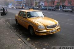 aphv-2044-dscn4267-24-12-2006-volga-taxi-jerevan