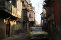aphv-2053-dscn4891-tbilisi-georgia-1-1-2007-old-city-aphv