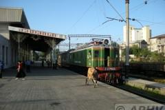 aphv-2353-dscn7426-kutaisi-stara-vokzal-vl22-1664-to-