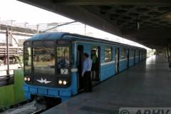 aphv-2382-dscn7212-yerevan-metro-vokzal-24-9-2007-aphv