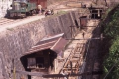 aphv-260-myanmar-namtu-mines-rly-mine2-km40-hino-and-600mm-eloc-26-2-2003