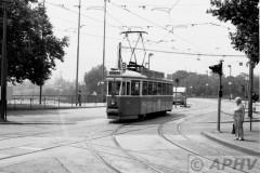 aphv-2768-00823-zurich-bellevueplatz-line8-24-june-1976