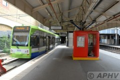 aphv-2966-aaa-1154-wimbledon-st-tramlink-2532-3-on-18-7-2009-aphv
