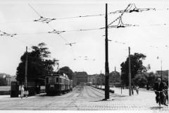 aphv-3412-58-64-4-nzh-a608-607-and-trailer-b25-near-konings-kade-den-haag---2-july-1958-bj-cross