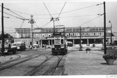 aphv-3415-58-68-2-nzh-a319-leiden-station-2-july-1958-bj-cross