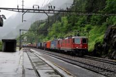 aphv-3926--dsc7789-20110527-2634-sbb-re-4-4-11237-re-6-6-11686-hochdorf-wassen-kanton-uri-25-may-2011-aphv-ps