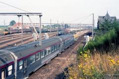 aphv-3983-17637-tee-uit-parijs-te-essen-27-8-1983-aphv