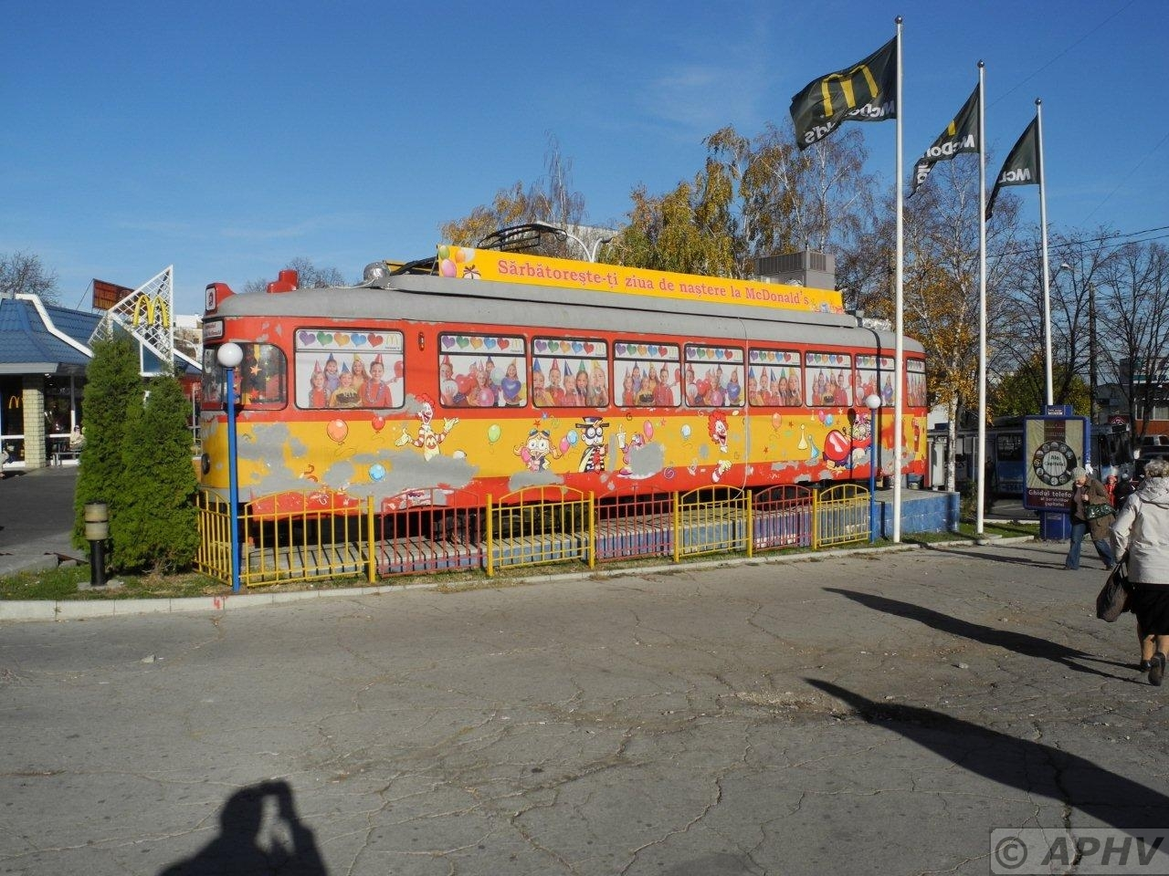 metro trolley bus ferries peter velthoen. Black Bedroom Furniture Sets. Home Design Ideas