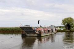 aphv-4055--dsc8942-20110825-3692-reedham-chain-ferry-aphv