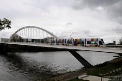 aphv-4167--dsc1919-20120420-112718-angers-1006-pont-confluences