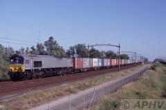 aphv-961-050618-moerdijk-with-passing-ers-6611-train-40124-