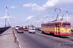 aphv-1048-kiev-dnjepper-bridge-workstram-p3-81-removing-tram-tracks--11-6-2004