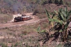 aphv-1423-030226-myanmar-mijn-namtu-mines-rly13-km35-pesants-garden-26-2-2003