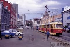 aphv-1674-kiev-5534-5592-line1k-station-backside-11-6-2004