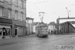aphv-1769-00448-mivg-29-lijn-4-terminus-muiderbrug-28-8-197502
