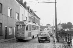 aphv-1770-00447-mivg-07-lijn-10-voor-terminus-muiderbrug-28-8-1975--01