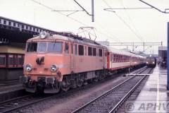 aphv-1792-pkp-ep08-001-met-ic-poznan-glowny--3-3-1999
