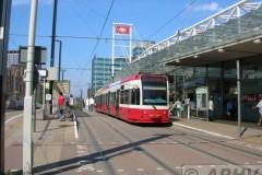 aphv-1921-dscn2944-tramlink-2540-east-croydon-station-2-7-2006
