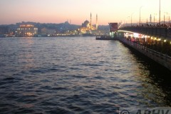 aphv-1971-dscn3640-galata-koprusu-istanbul-10-12-2006-aphv