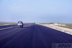aphv-200-040824-china-nabij-bai-qi-nieuwe-960-km-lange-autosnelweg---24-8-2004