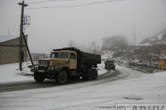 aphv-2058-dscn4145-armenia-mnts-kaz-trucks-22dec-2006-aphv