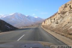 aphv-2233-dscn4119-weg-grens-naar-kapan-armenia-21-12-2006-aphv