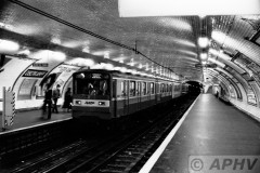 aphv-2366-19751-ratp-lijn-2-gare-oberkampf-paris-13-5-1984