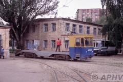 aphv-2379-kharkov-tramdepot-leniskoje-transporter--tram-7-6-2004
