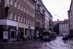 aphv-2417-030911-muenchen-2102-muellerstrasse--lijn17--11-9-2003