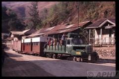 aphv-244-myanmar-namtu-mnt-rly-term-bawdwin-hino-truck-train--26-2-2003