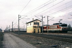aphv-4064-970327-metz-thionville-near-woippy-sncf-15005-met-grand-comfort-voitures-ps