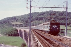aphv-434-02185-sncf-9300-push-and-pull-a-lourdes-train-from-italy--capvern-viaduct-7-september-1983