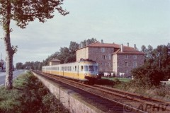 aphv-436-02187-sncf-turbo-trains-on-lyon--tours-line-near-roanne-4-9-1983