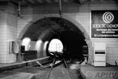 aphv-852-15296--22-7-1982-marseille-metro-lijn-2-in-aanleg-en-kruising-tramtunnel-st-nailles--02