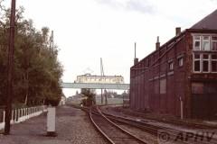 aphv-862-15611--16-10-1982-nmvb-9123-lijn-80-spoorviaduct-trazegnies--02