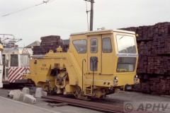 aphv-869-15626--16-10-1982-nmvb-sncv-plasser-theurer-vdm-800-rs-anderlues-depot--